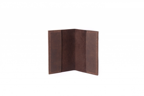 Обкладинка на паспорт коричнева